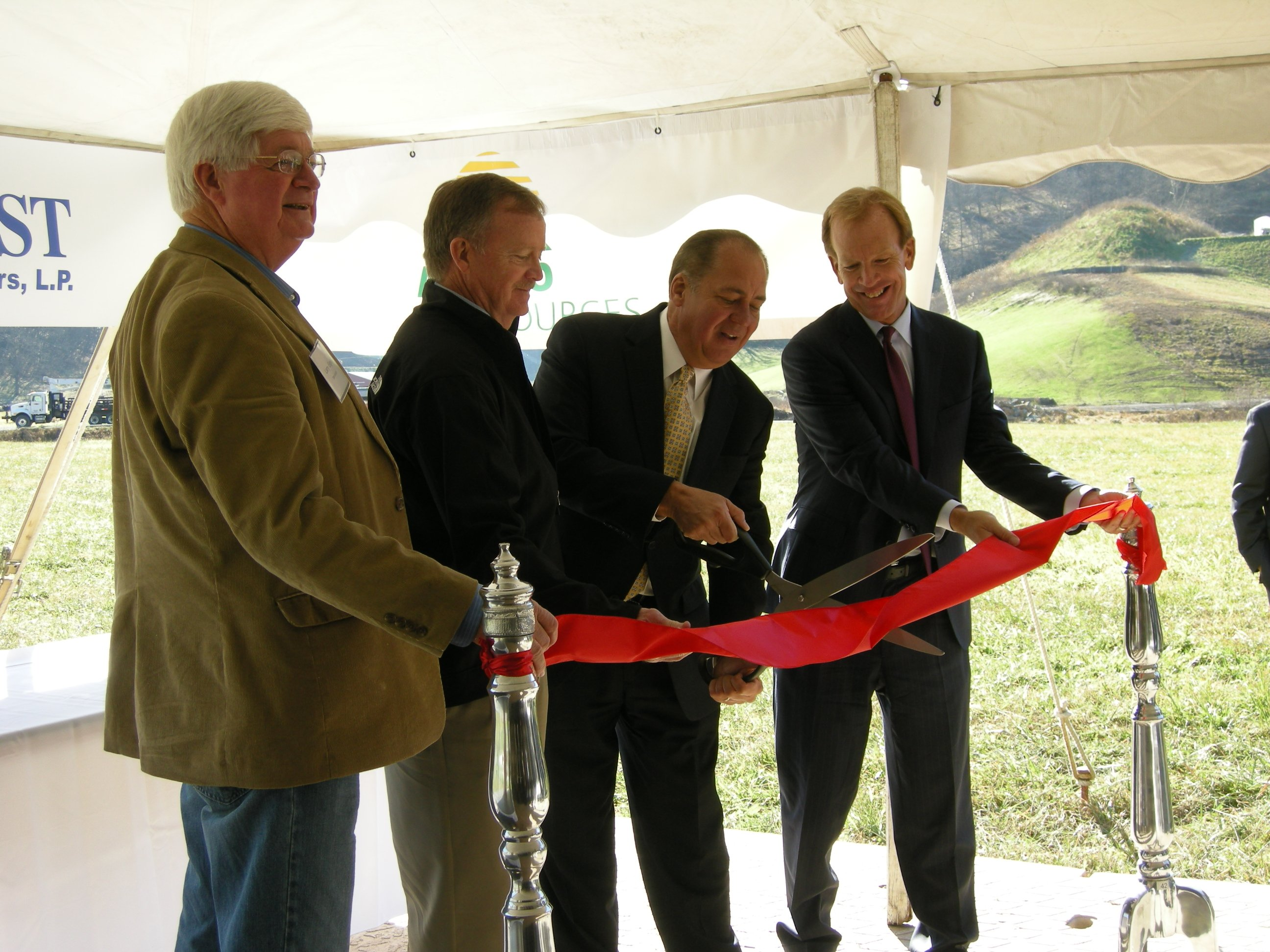 Sen. Larry Edgell, D-Wetzel, left, joined MarkWest Energy Partners CEO Frank Semple, Gov. Earl Ray Tomblin and Antero Resources CEO Paul Rady at the Dec. 6 Sherwood I ribbon cutting in Doddridge Co.